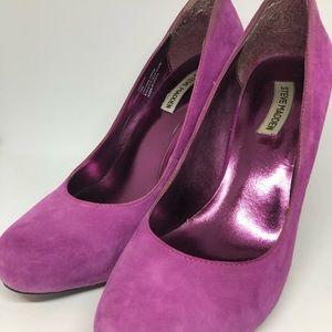 Steve Madden Shoes - Steve Madden pink suede pumps